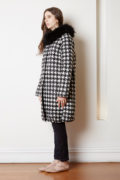 houndstooth coat with detachable fur collar
